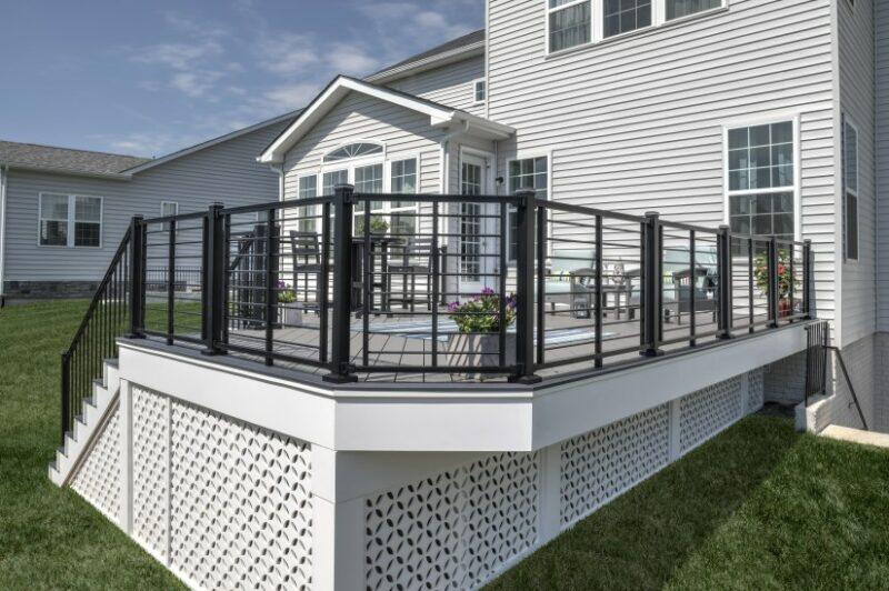 lattice porce panels deck
